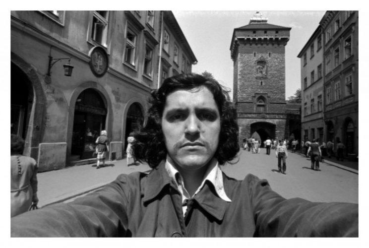 """Adam Rzepecki, """"Autoportrety z Krakowa"""", 1979, fotografia"""
