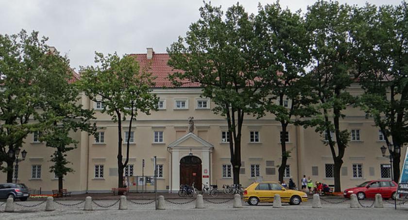 Muzeum-w-Lowiczu